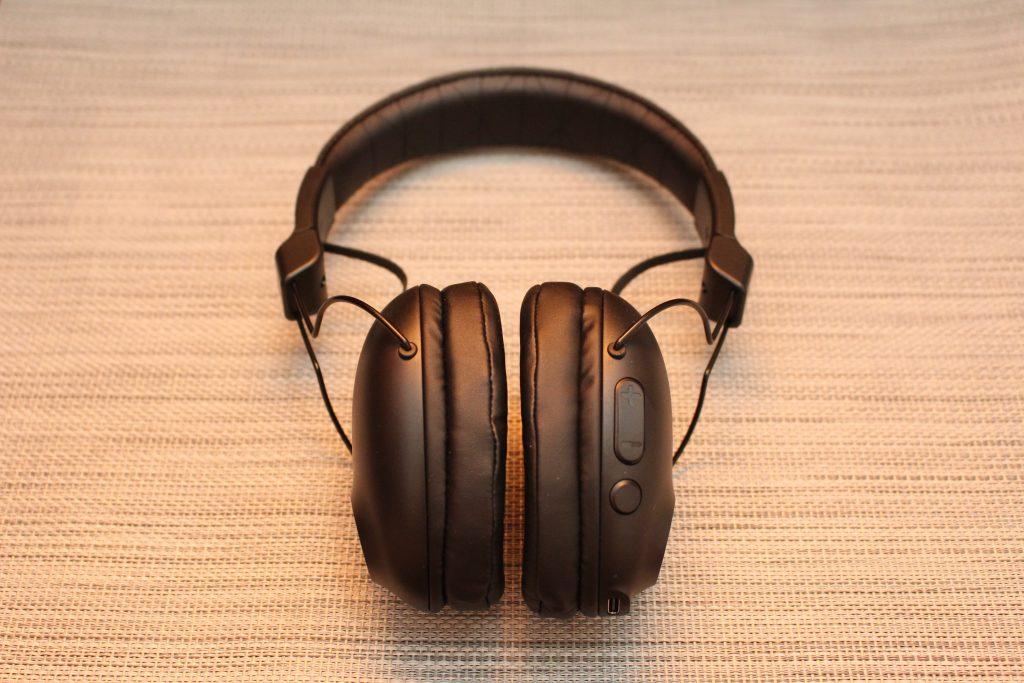 JLab Studio Pro 頭戴式藍牙耳機